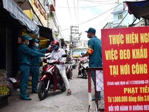 TP.HCM ngưng các chợ tự phát, dừng toàn bộ xe công nghệ, taxi, buýt
