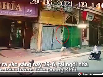Video: Bé gái rơi từ lan can tầng 2, được người đàn ông chạy đến hứng đỡ