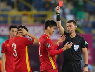 """Trung vệ đội tuyển Việt Nam được """"giảm án"""", sẵn sàng gặp Trung Quốc"""